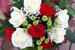 Фото 1. Доставка букета из роз и хризантем - Беларусь, поселок Негорелое. florist.com.ua