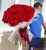 Фото 1. Доставка цветочной композиции в коробке в Торецк, Украина. florist.com.ua