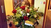 фото корзины из красных роз, хризантем и других цветов, доставка во Вроцлаве, Польша