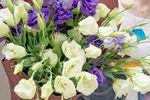 Фото 2. Букет из эустом доставленный службой florist.com.ua в Сен-Тропе, Франция